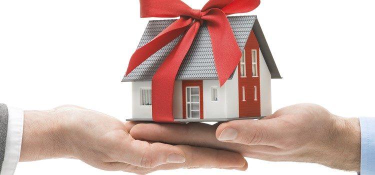 Изображение - Какие документы требуются для оформления дарственной Gifting_Equity_in_a_Home_lg-750x350
