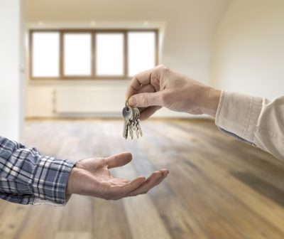 Изображение - Как купить квартиру на материнский капитал без ипотеки pokupka_komnaty_1_05121343-400x336