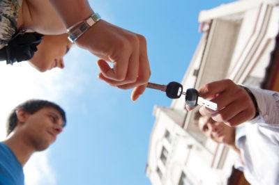 Изображение - Сколько стоят услуги риэлтора при покупке квартиры pokupki_novostroyki_s_rieltorom_1_06135656-400x266